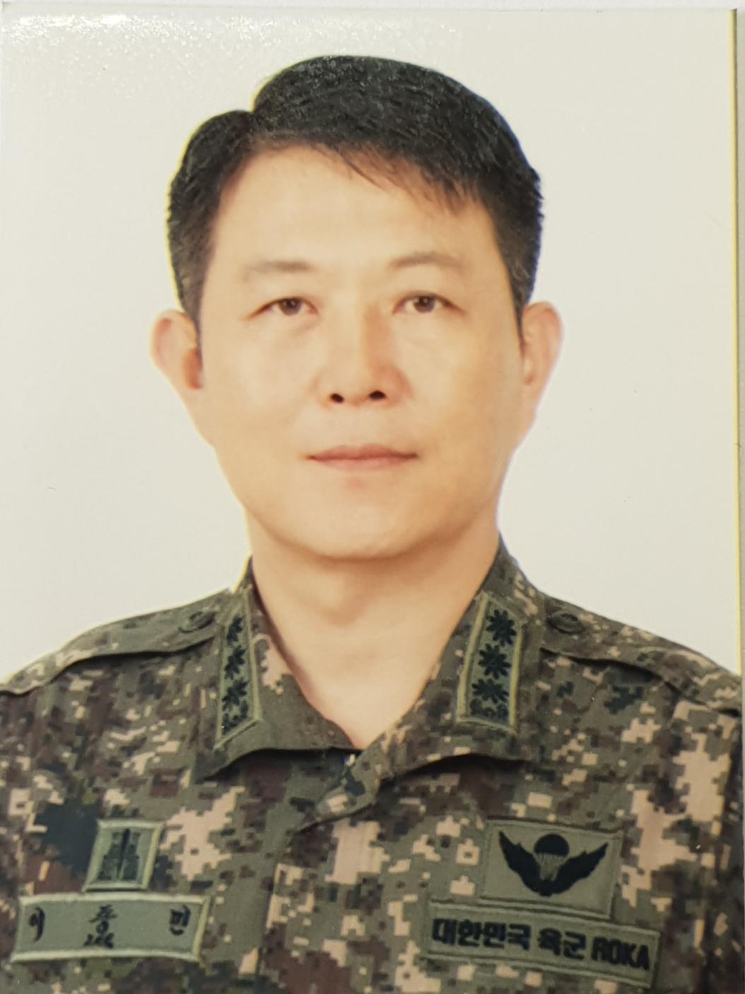 중앙대 학군단 단장님.jpg